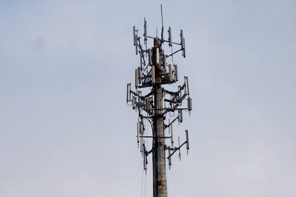 FCC tweaks Broadband Acceleration Initiative for accelerated deployment, makes erecting temporary cell towers easier