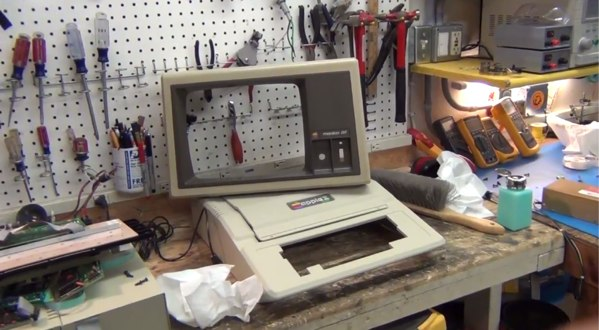 Apple II Plus gets torn asunder and restored in this modern teardown video