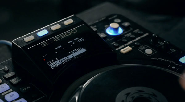 Denon teases new SC2900 DJ controller and media player, hopes to get heads spinning