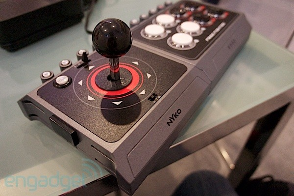 Nyko Free Fighter arcade joystick handson