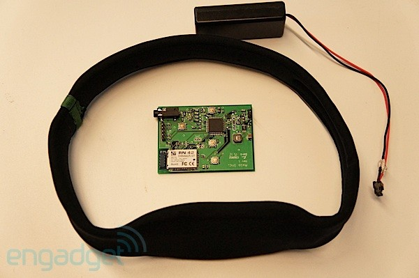 Axio's EEG headband helps you teach your brain to focus handson