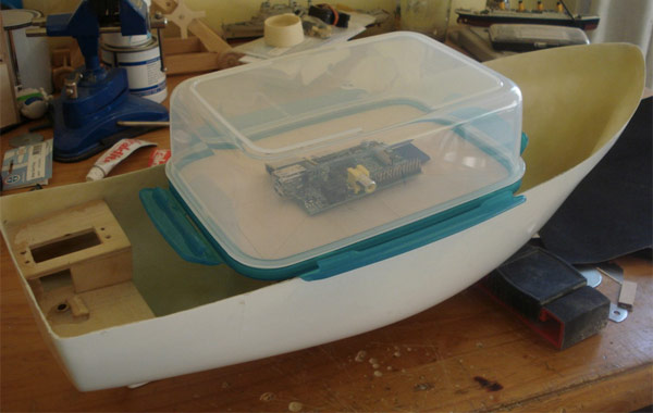 FishPi sets course for the open sea, captained by a Raspberry Pi