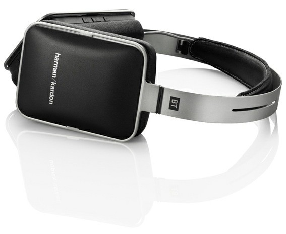 Harman Kardon trots out five iPhonematching headsets, keeps you in high Apple fashion