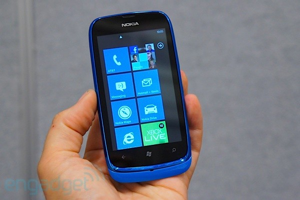 Nokia Lumia 610 with NFC handson