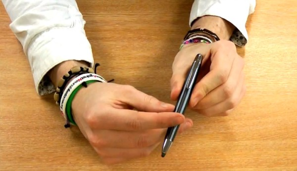 Samsung Galaxy S III accessories shown off on video, that CPen never felt closer video