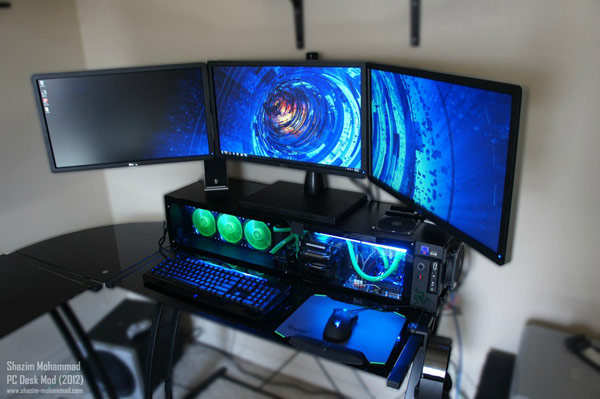 Custom PC desk / case combo ditches glass, metal for wood