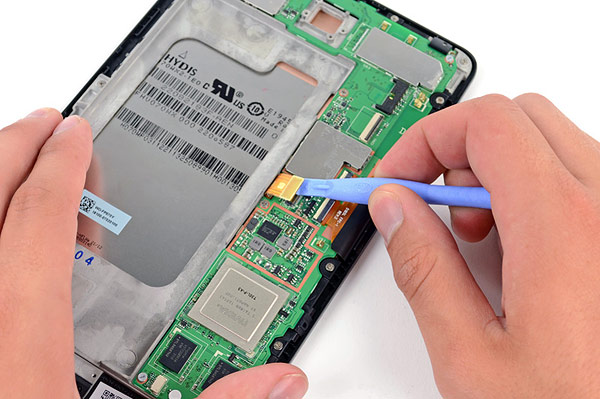 Google Nexus 7 tablet hits the iFixit teardown labs