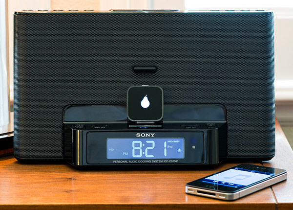 Insert Coin Pear brings Bluetooth to your Applecompatible speaker dock