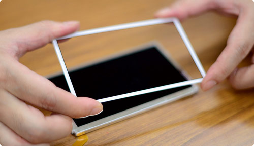 3DS XL sports less reflective screen than its predecessor, improved parallax effect