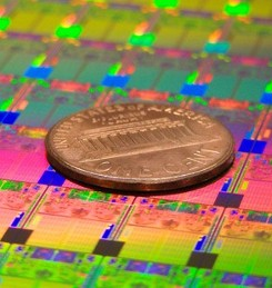 Intel to buy 15 percent of silicon lithography equipment maker ASML, wants chip fab machines made more quickly