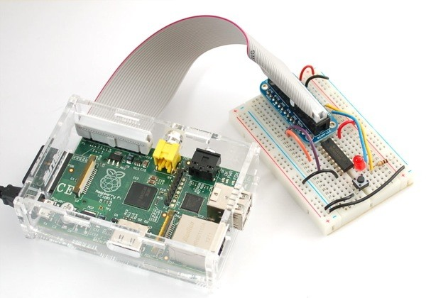 Adafruit's Pi Cobbler breakout kit puts Raspberry Pi's pins to work