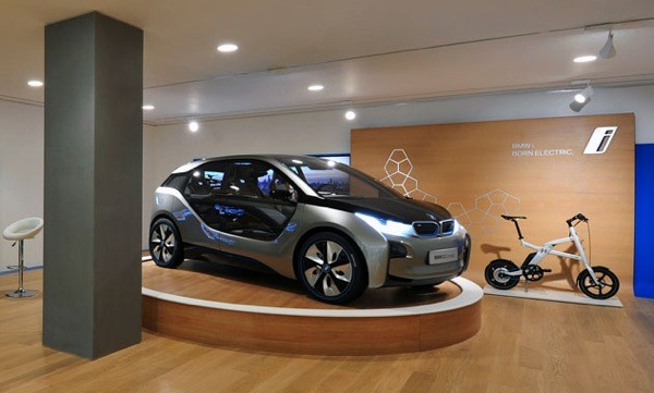 BMW opens Flagship i Store in sync with Olympics, shows Londoners their EV future