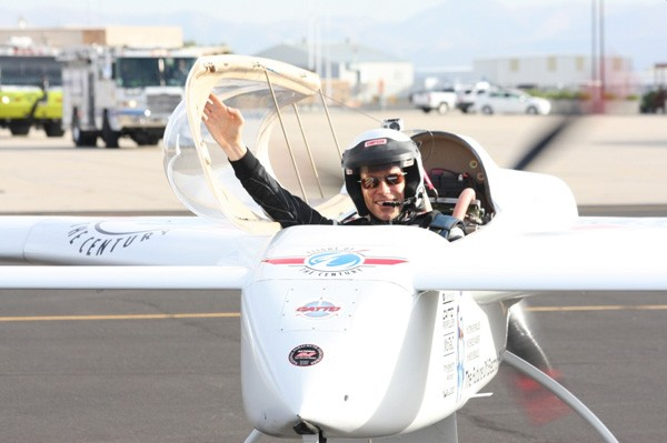 Chip Yates breaks yet another record, notches 202MPH in world's fastest electric flight