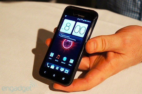 PSA HTC Droid Incredible 4G LTE lands in Verizon stores, gets us tonguetied
