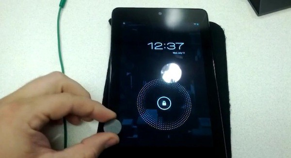 Google's Nexus 7 discovered as having Smart Coverlike magnet sensor