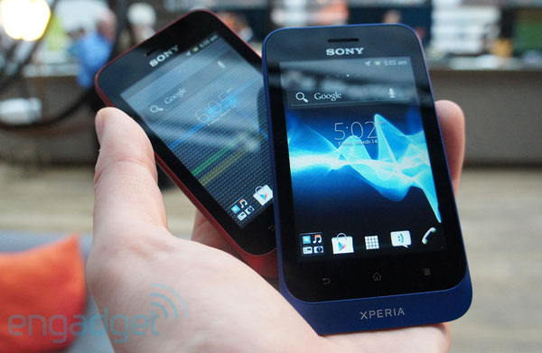 Sony Xperia Miro and Xperia Tipo handson video