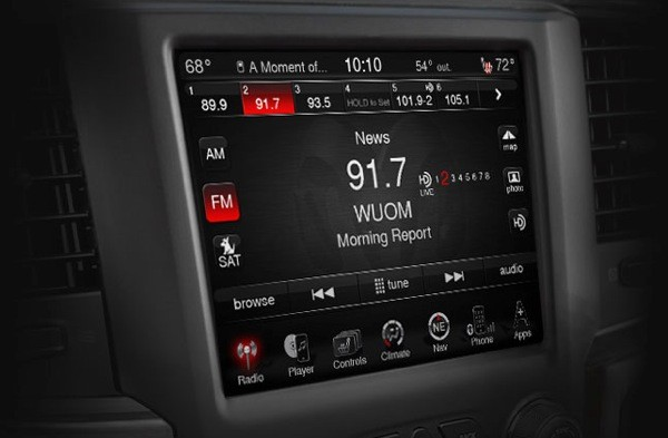 Chrysler taps Sprint for new version of Uconnect incar data, wants alwayson internet that's handsoff video