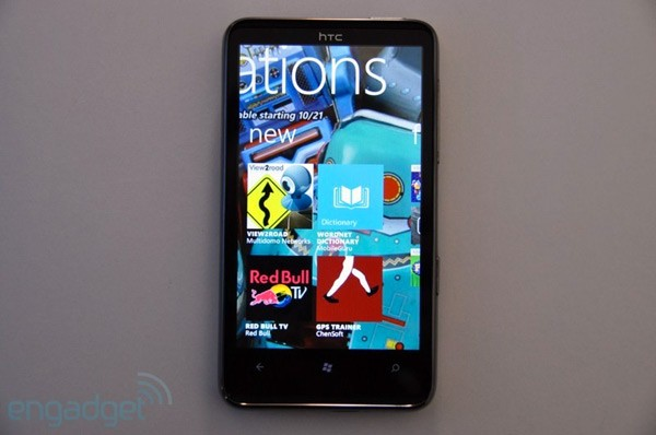 Microsoft stops posting new Windows Phone apps after some titles refuse to install on older phones