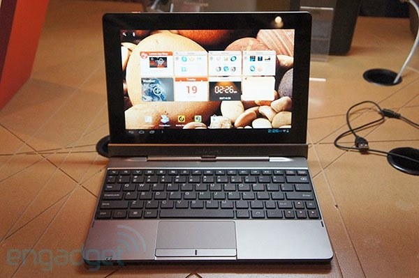Lenovo IdeaTab S2110 makes official debut at IFA 2012 a 10inch hybrid Android 40 slate