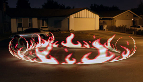 Adafruit builds Raspberry Pi-powered light painting rig, takes trippy photos