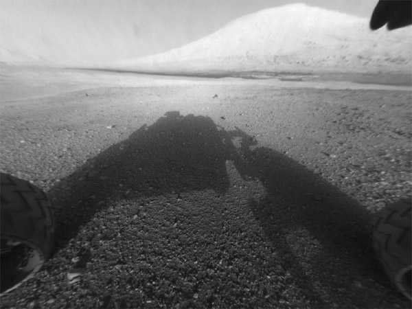 NASA's Curiosity captures aweinspiring shot of Mount Sharp, uploads video of descent upon Mars 