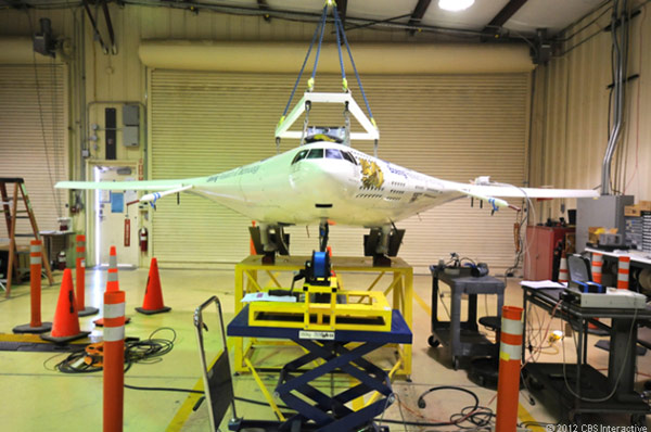 NASA's X48C hybrid wingbody plane completes first test flight