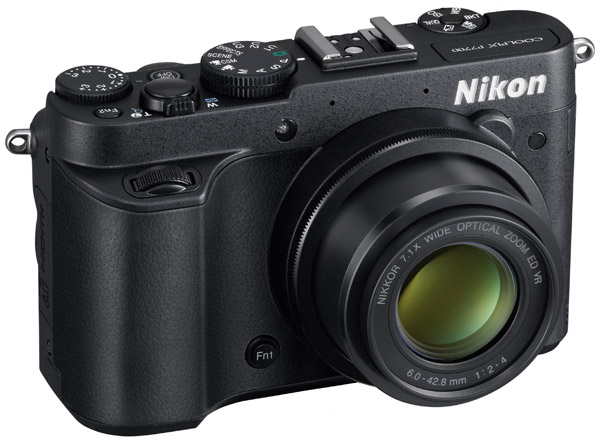 Nikon intros flagship Coolpix P7700 for prosumers, diminutive Coolpix S01 for fashionistas