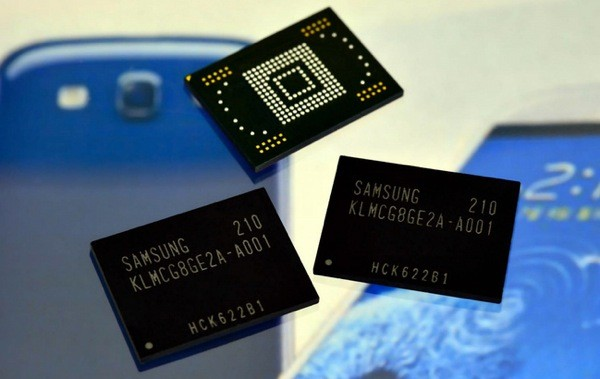 Samsung starts massproducing 4x faster mobile flash memory, kickstarts our phones and tablets