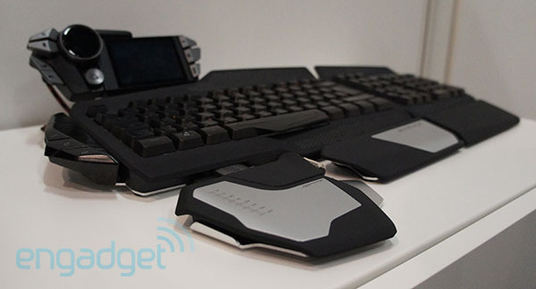Mad Catz STRIKE 7 gaming keyboard announced at Gamescom handson