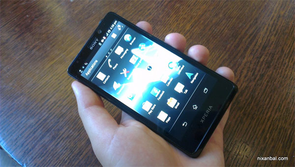 Sony's Xperia T photos bare all, looks mint