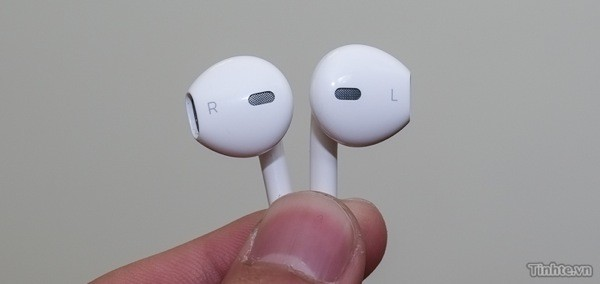 Next Apple earbuds get potential sighting in Vietnam, may fix an iconic design video