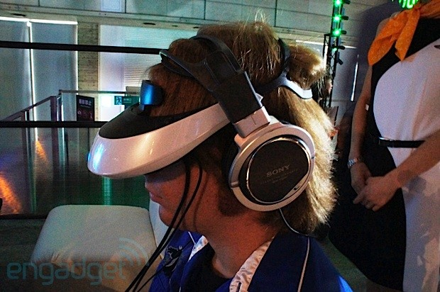 Sony's HMZ-T2 3D headset at TGS: gaming at close range