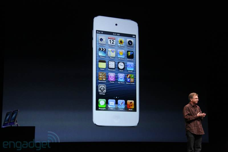 img0505 New multicolored iPod touch generation with A5 processor and 4 inch retina display announced