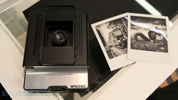 Impossible Instant Lab iPhone photo booth hands-on (video)