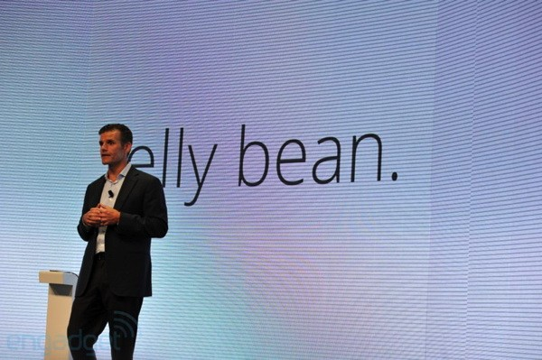 Motorola promises Jelly Bean