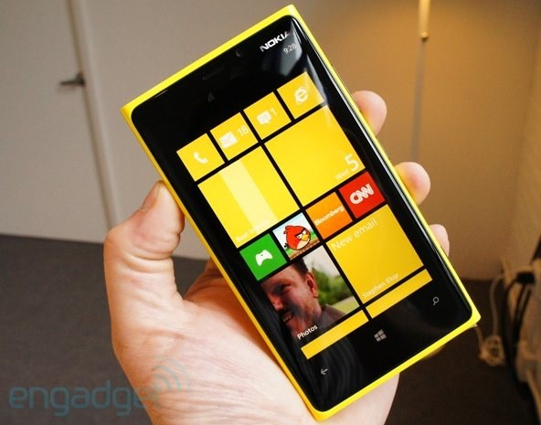 K carrier in talks to make Nokia Lumia 920 a British LTE exclusive