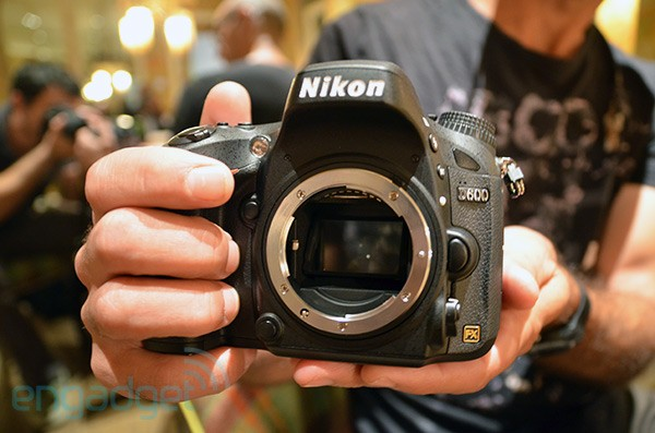Nikon unveils D600 fullframe DSLR 24MP, lightweight, 2,400 handson video