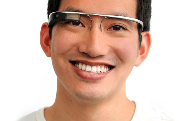WSJ gets early, slightly uncomfortable look at Google's Project Glass