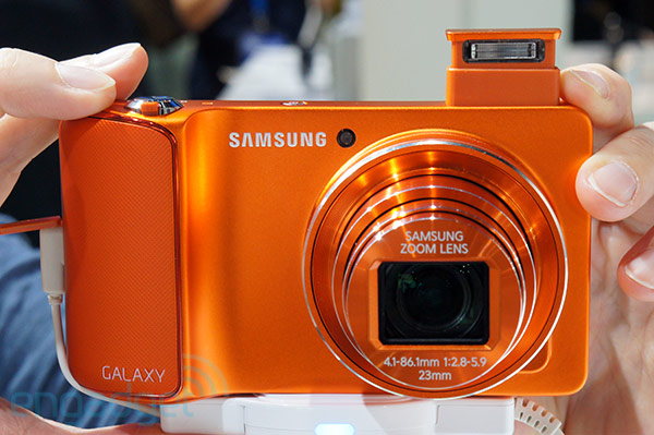 Colors! Samsung's Galaxy Camera pops at Photokina with vibrant orange and magenta paint jobs