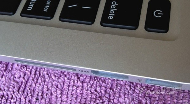 13inch MacBook Pro with Retina Display reportedly caught with 2,560 x 1,600 resolution, dual Thunderbolt ports in clear view