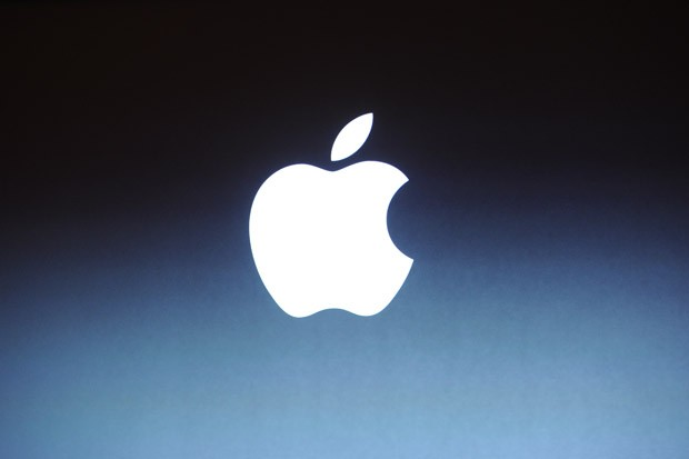 Apple executive shakeup Scott Forstall and John Browett are leaving the company