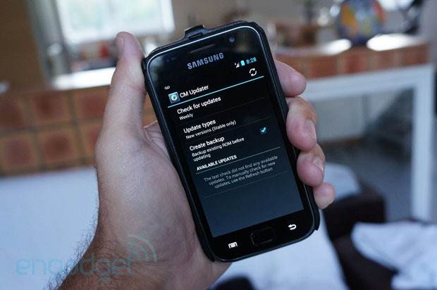 CyanogenMod adds 'pull' OTA updates to latest CM10 nightly builds