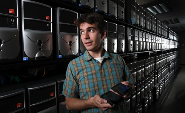 Sandia Labs' MegaDroid project simulates 300,000 Android phones to fight wireless catastrophes video
