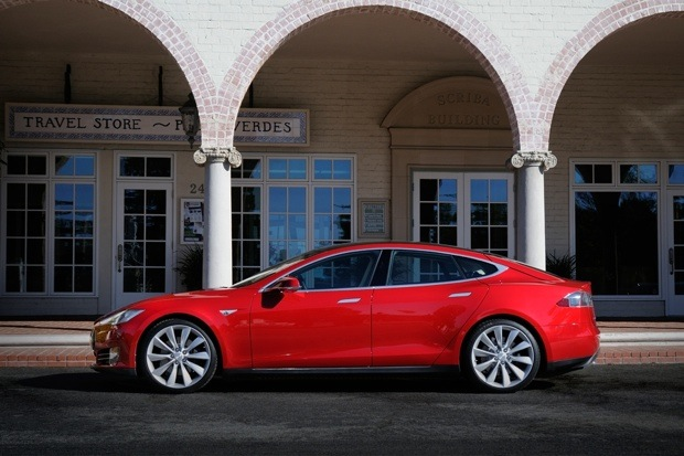 Tesla reports great Q3 results, expects to be cash flow positive by Q4