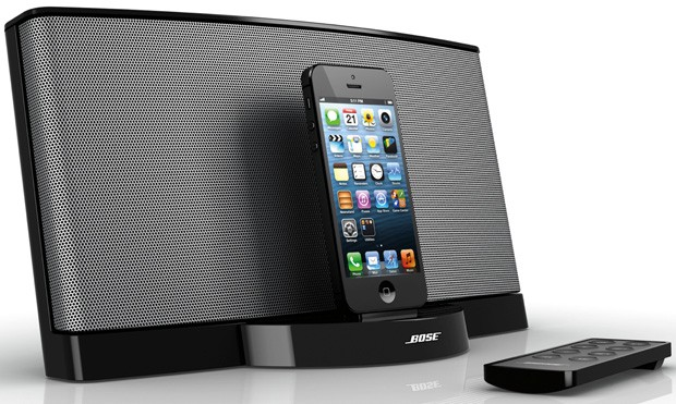 Bose SoundDock III rides the Lightningequipped iPhone or iPod for $250