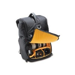 Engadget's holiday gift guide 2011 bags and cases