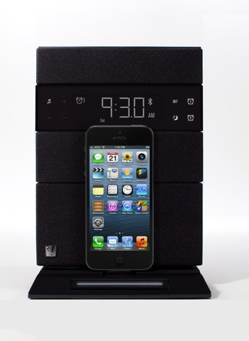 Soundfreaq announces a pair of Lightningcompatible docks for early 2013