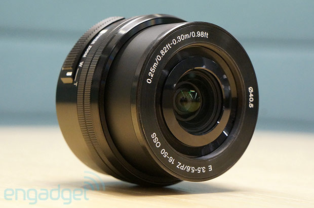 Sony 16-50mm retractable zoom lens to ship in February for $349
