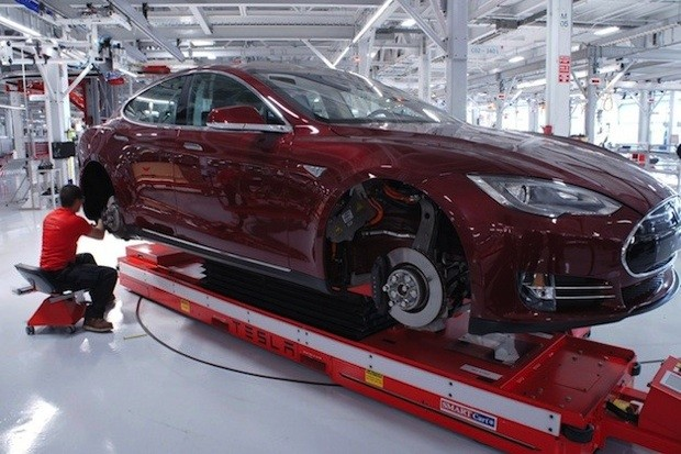 Tesla to open a European distribution center for its EVs in the Netherlands this month