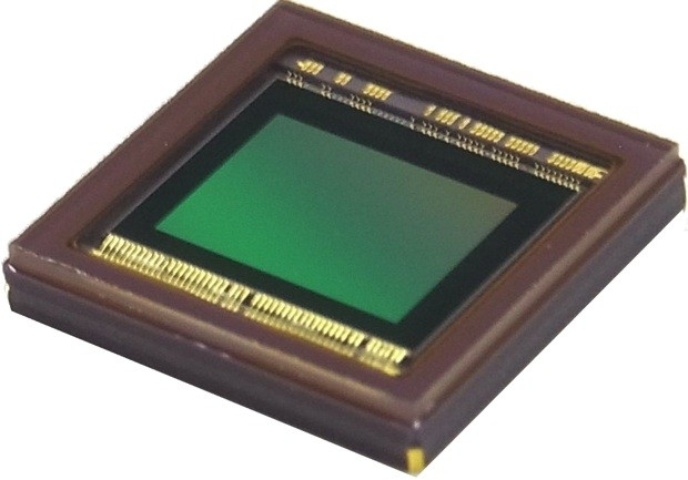 Toshiba preps 20megapixel, backsidelit CMOS sensor for pointandshoot cameras